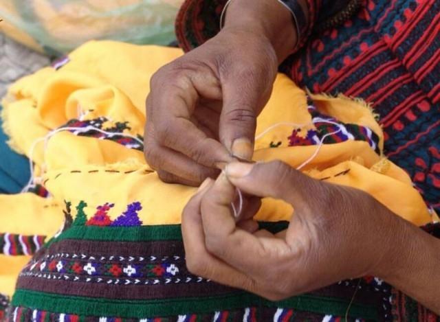 هنرستان دخترانه صنایع دستی در حاشیه شهر زاهدان ایجاد می گردد